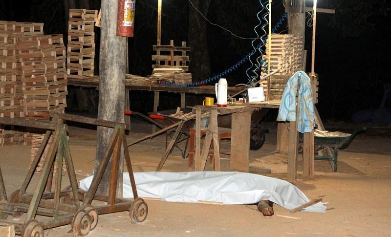 Caminhoneiro é morto durante assalto à madeireira em Eunápolis