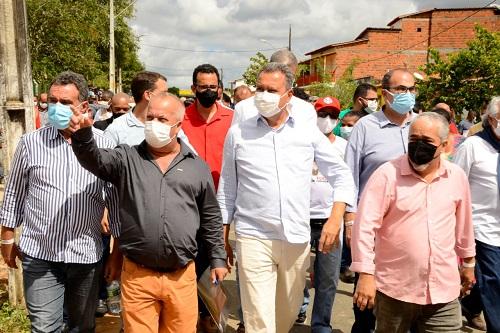 Em visita à Itagibá, Rui anuncia novas obras para o município