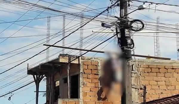 Idoso morre eletrocutado após encostar em fio de alta tensão em Porto Seguro