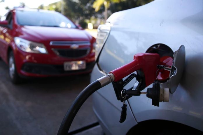 Conquista é a 4º cidade com a gasolina mais cara da Bahia