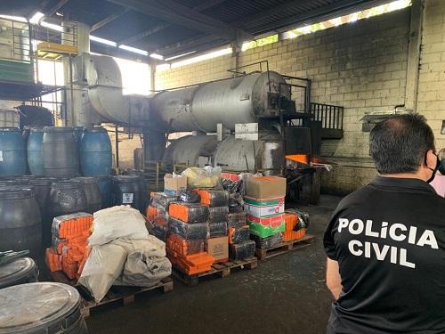 Mais de mil quilos de maconha apreendida são incinerados em Itabuna