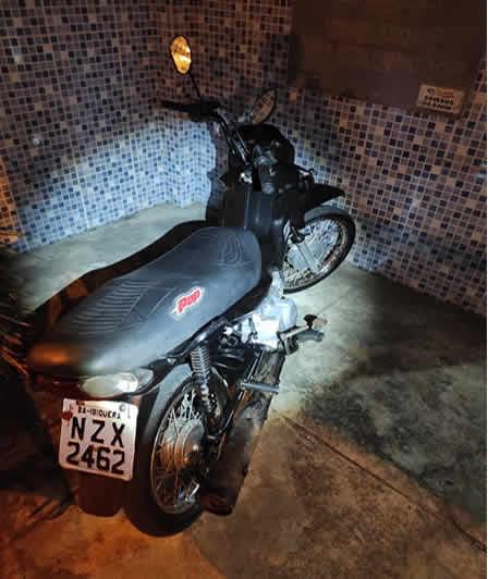 Moto roubada é recuperada durante abordagem da PM em Itapetinga – BA