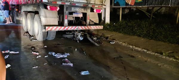 Motociclista é internado no Hospital de Base após colidir contra carreta em Itabuna