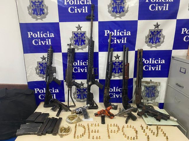 Operação policial apreende arsenal do tráfico em Salvador – BA