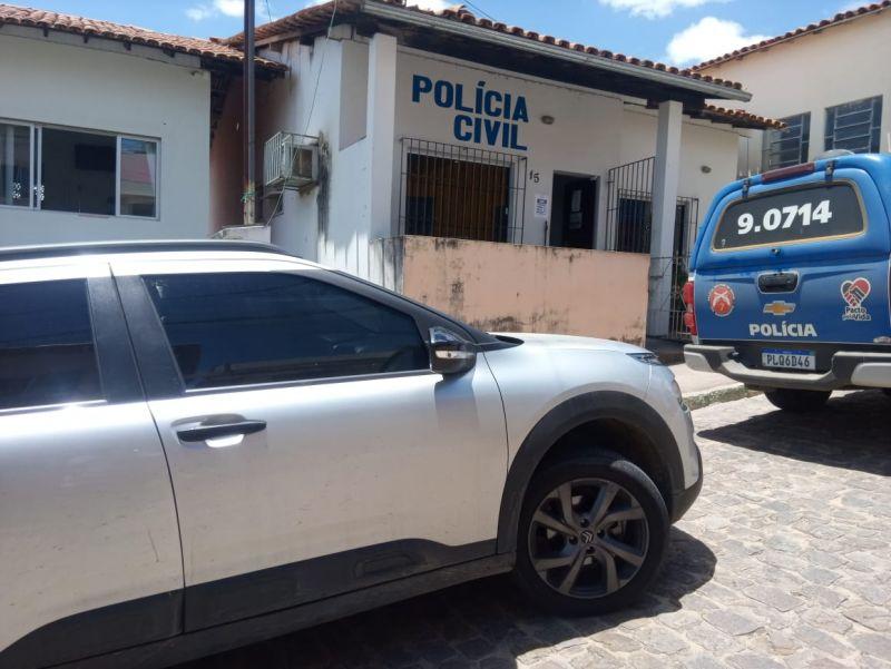Polícia investiga caso de bebê encontrado morto às margens da BR-101, no sul da Bahia