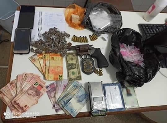 Ponto de tráfico de drogas é localizado pela Polícia Civil – Ibirapitanga BA