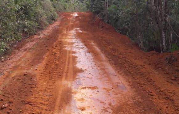 Prefeitura realiza a recuperação das estrada da Pedra da Maloca do Tijuípe