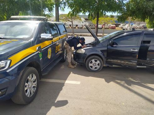 Veículo roubado em Ipiaú é recuperado pela PRF em Barreiras