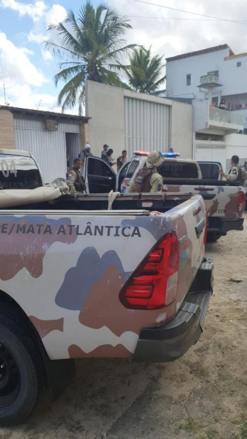 Seis criminosos morre em troca de tiros com a polícia em Teixeira de Freitas - BA