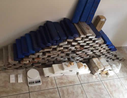 Polícia Militar apreende quase 160 kg de drogas em Vitória da Conquista – BA