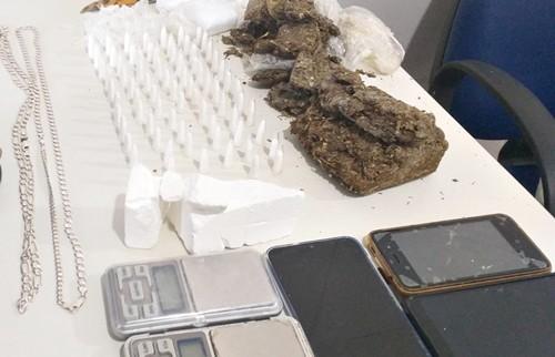 drogas no bairro Quintas do Sul em Itapetinga - BA