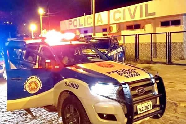 Polícia Militar prende dois homens por tráfico de drogas no bairro Quintas do Sul em Itapetinga – BA