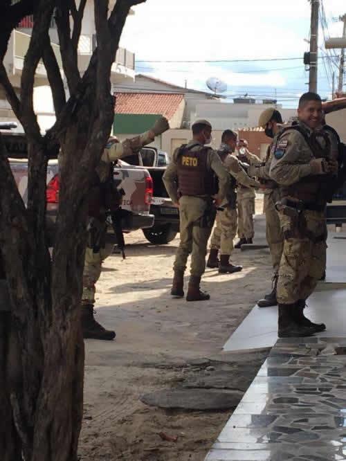 Seis criminosos morre em troca de tiros com a polícia em Teixeira de Freitas – BA